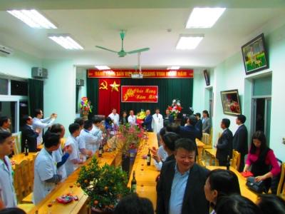 Lãnh đạo tỉnh và Sở Y tế: Thăm, chúc tết cán bộ y tế và bệnh nhân tại Bệnh viện đa khoa tỉnh Hưng Yên
